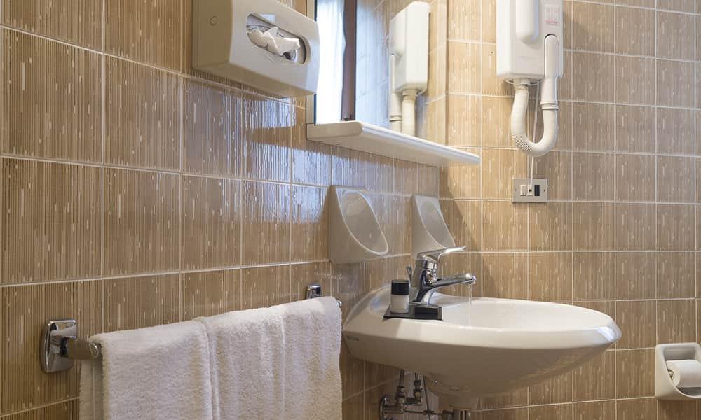 Vasca Da Bagno First Ideal Standard : Bagno standard le migliori idee per la tua design per la casa